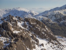 Rocks on Cold Pike summit looking to Prison Band, Black Sails and Swirl How